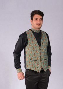 لباس فرم سنتی سفرخانه